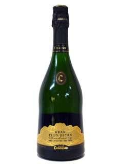 Caso dos vinhos brancos Codorníu Gran Plus Ultra Chardonnay