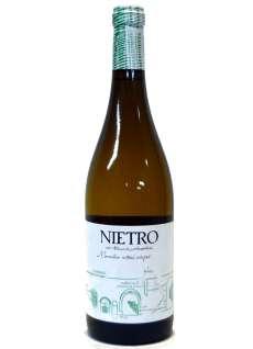 Caso dos vinhos brancos Nietro Macabeo Viñas Viejas