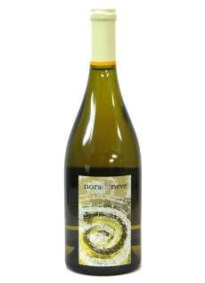 Caso dos vinhos brancos Nora da Neve Fermentado en Barrica