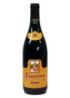 Vinho tinto Faustino Martínez